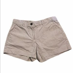 Khakis by Gap Size 0 Striped Shorts Grey & White